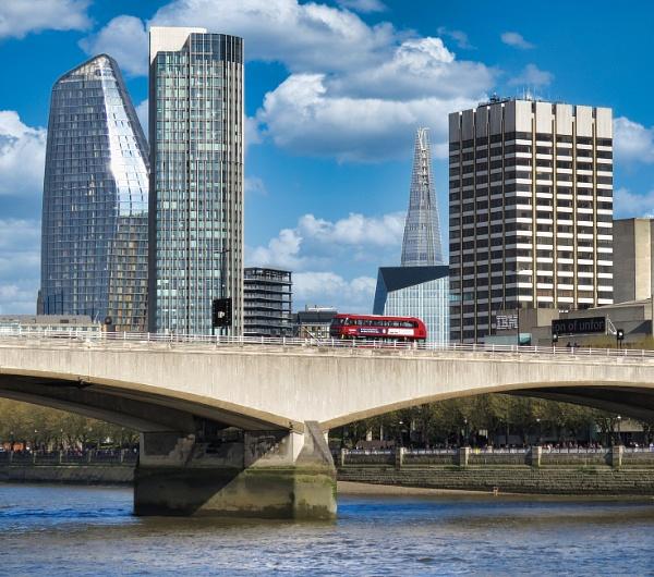 Waterloo Bridge by TheURL