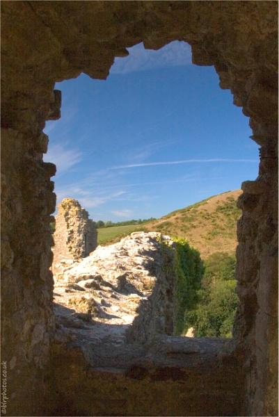 Corfe Castle by blrphotos