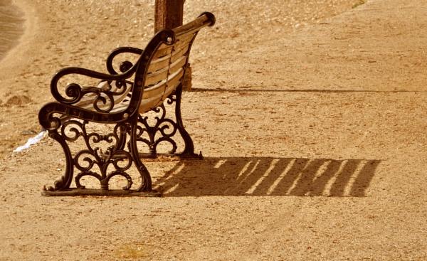 Bench shadows by Chinga