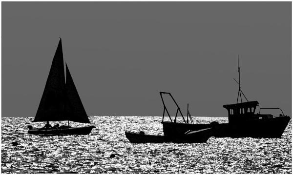 Sailing Past by mac