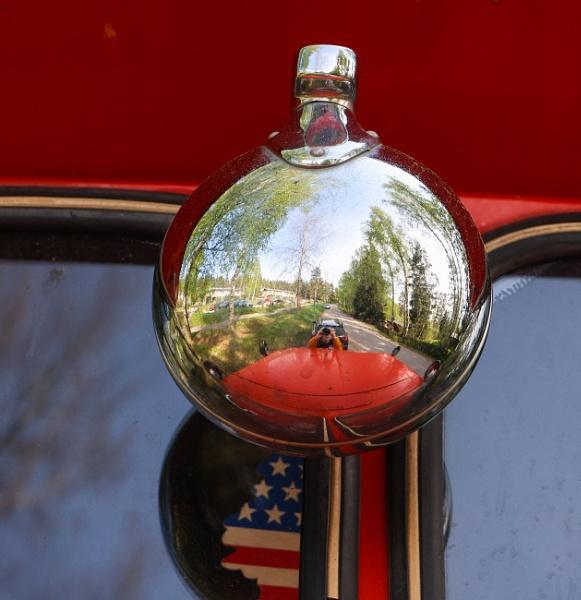 Old Fire truck. by Jukka