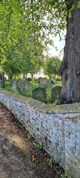 St Mary\'s graveyard Bluntisham by Gary66