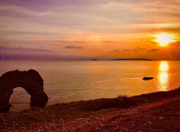 Sunset @ Dorset by phiggy