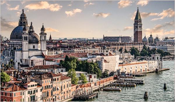 Venice by ivalyn