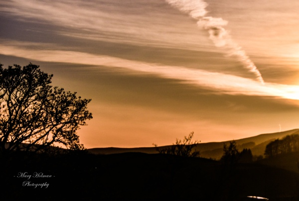 Beautiful sunset in the Yorksire Dales by margymoo