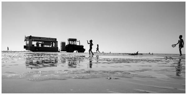 Bloemendaal Aan Zee by bliba