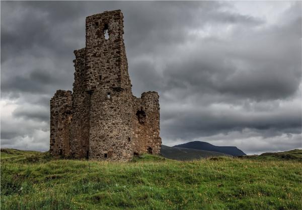 Ardvreck Castle by mjparmy