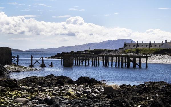 Old Pier - Ellenabreich by Irishkate