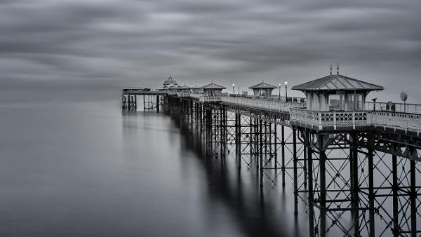 Llandudno Pier by Ingymon