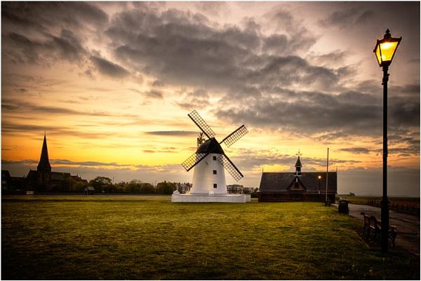 Lytham windmill at dawn! by Jas2