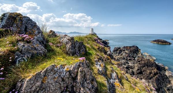 Llanddwyn island by roge21