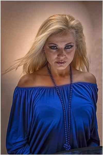 Lady in Blue by stevenb