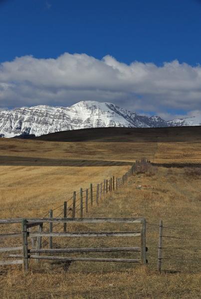 Mountain shadow by waltknox
