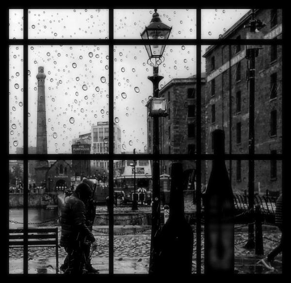Droplets on Merseyside by ZenTony