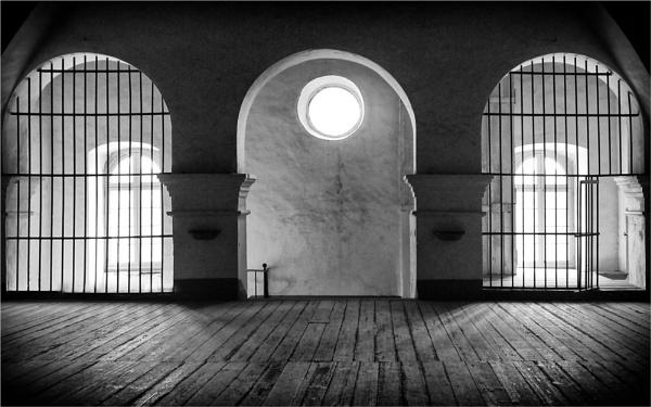 Escape into the Light by fredsphotos