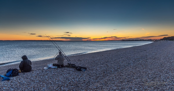 The Night Fishers by IainHamer