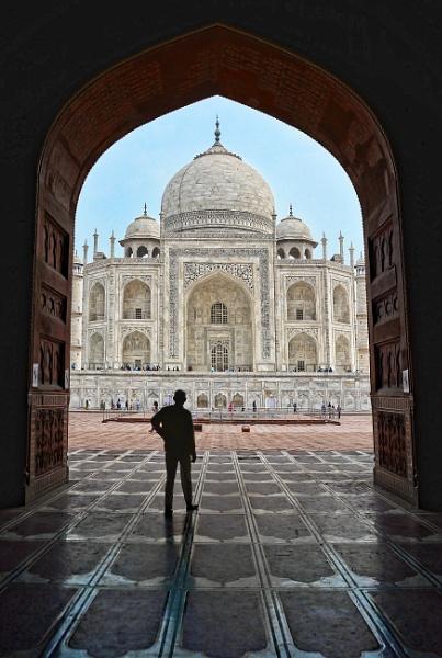The Taj....... by sawsengee