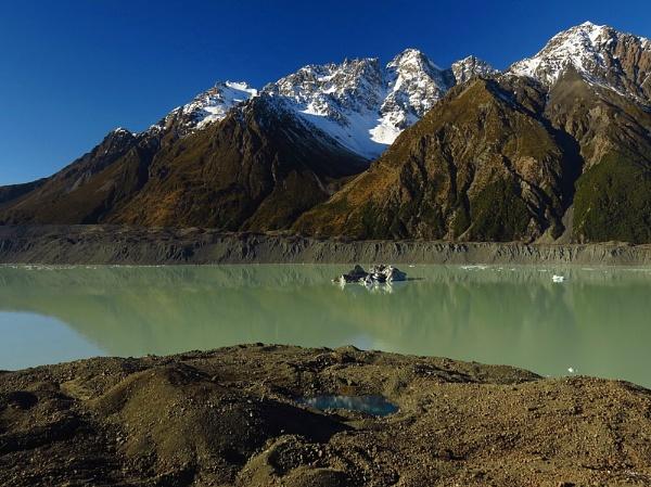 Tasman Glacier Lake 7 by DevilsAdvocate