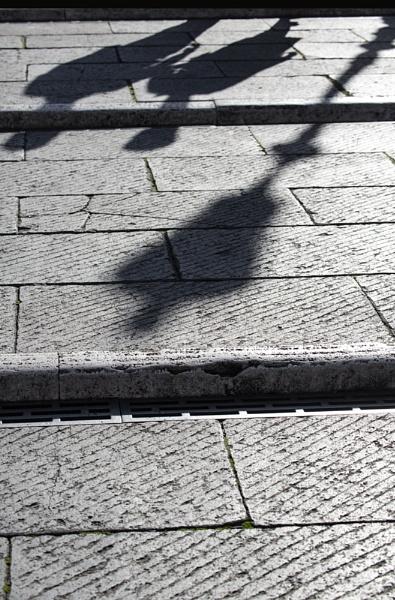 Roman shadows by rontear