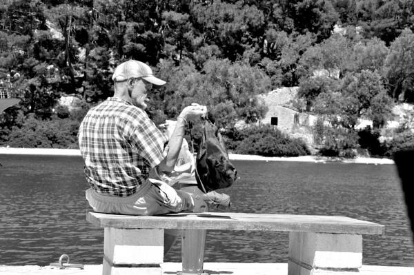 People watching.... by Chinga