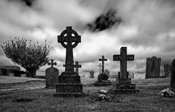 Graveyard at Binham Priory by pdunstan_Greymoon