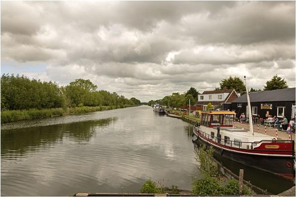 Patch Bridge - Sharpness Canal Slimbridge by VincentChristopher