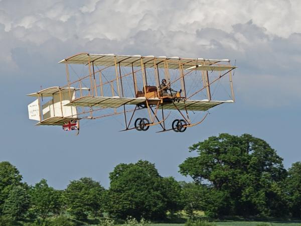 Man\'s Pursuit of Flight by RossiT123