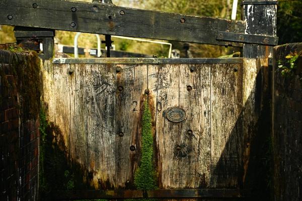 Inside the lock by Ffynnoncadno