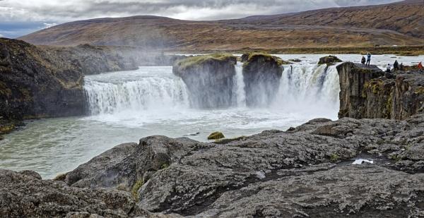 Godafoss waterfall by pdunstan_Greymoon