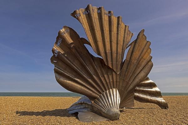 Aldeburgh Shell - Suffolk by VincentChristopher