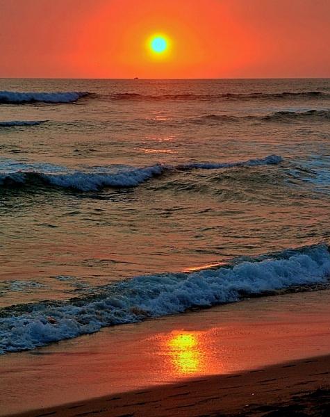 Sunset at Tamarindo beach by IamDora