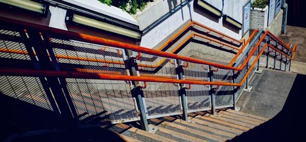 Orange Zigzag by nclark