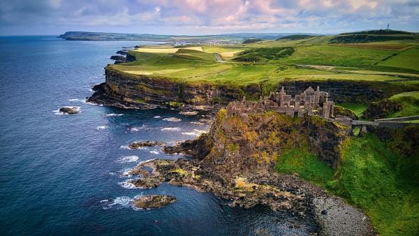 Dunluce Castle - N.Ireland by atenytom