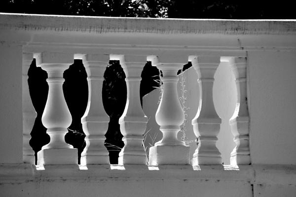 "\""Balustradas\"" in mono... by Chinga"