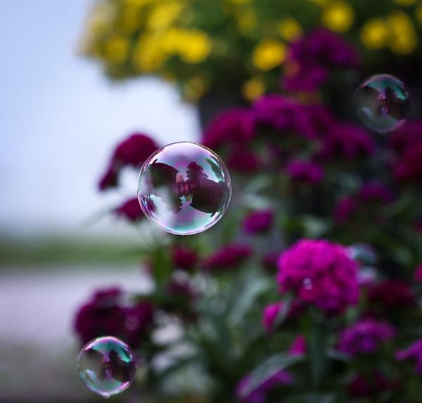 Bubbles - 2. by Jukka