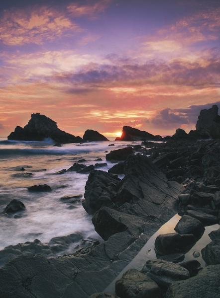 Mupe Rocks, Dorset Heritage Coast by trailguru