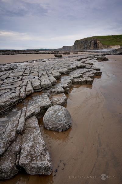 Monknash Beach Rocks by jarvasm