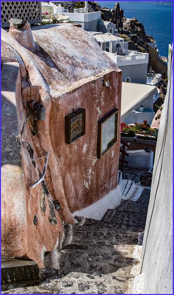 Small dwelling in Santorini by ivalyn