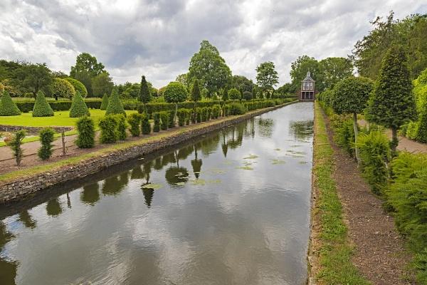 Westbury Gardens Glos by VincentChristopher