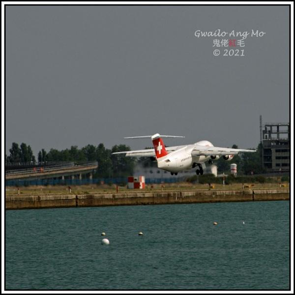 HB-IXO departing LCY (2 of 2) by GwailoAngMo