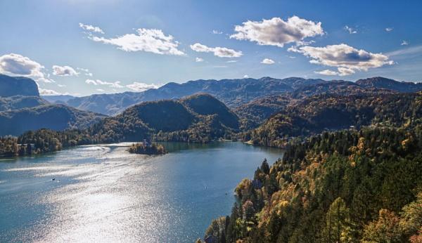 Lake Bled by Ffynnoncadno