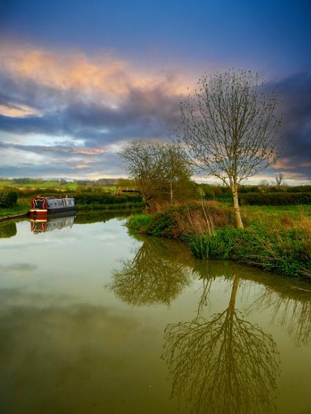 Scenic mooring by Ffynnoncadno