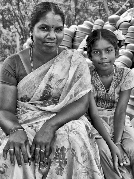 Mum and daughter at market, Chettinadu, Tamil Nadu by chrisdunham