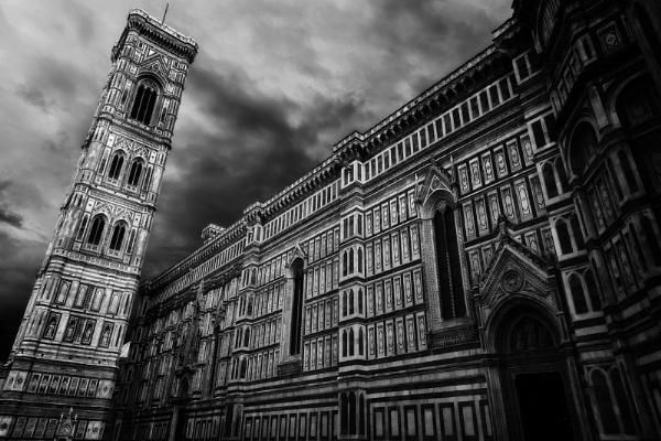 Duomo of Santa Maria del Fiore by bobbyl