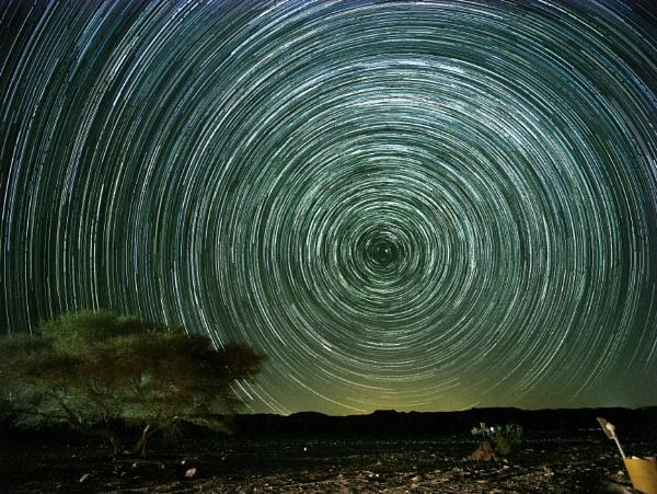 Star Trails by ubaruch
