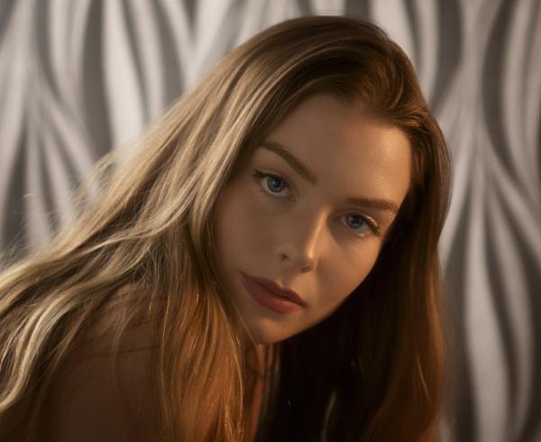 Portrait by mistere