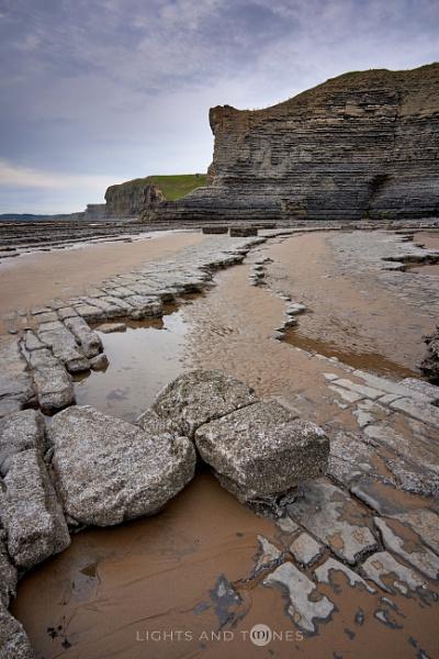 Monknash Beach Rocks III. by jarvasm