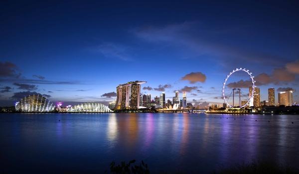 Marina Bay, Singapore by Uenocats