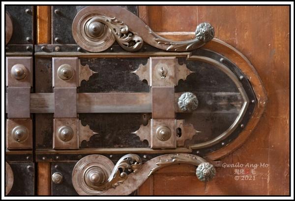 Large lock Basilica of Santa Croce in Florence by GwailoAngMo