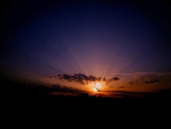 sunset by elousteve